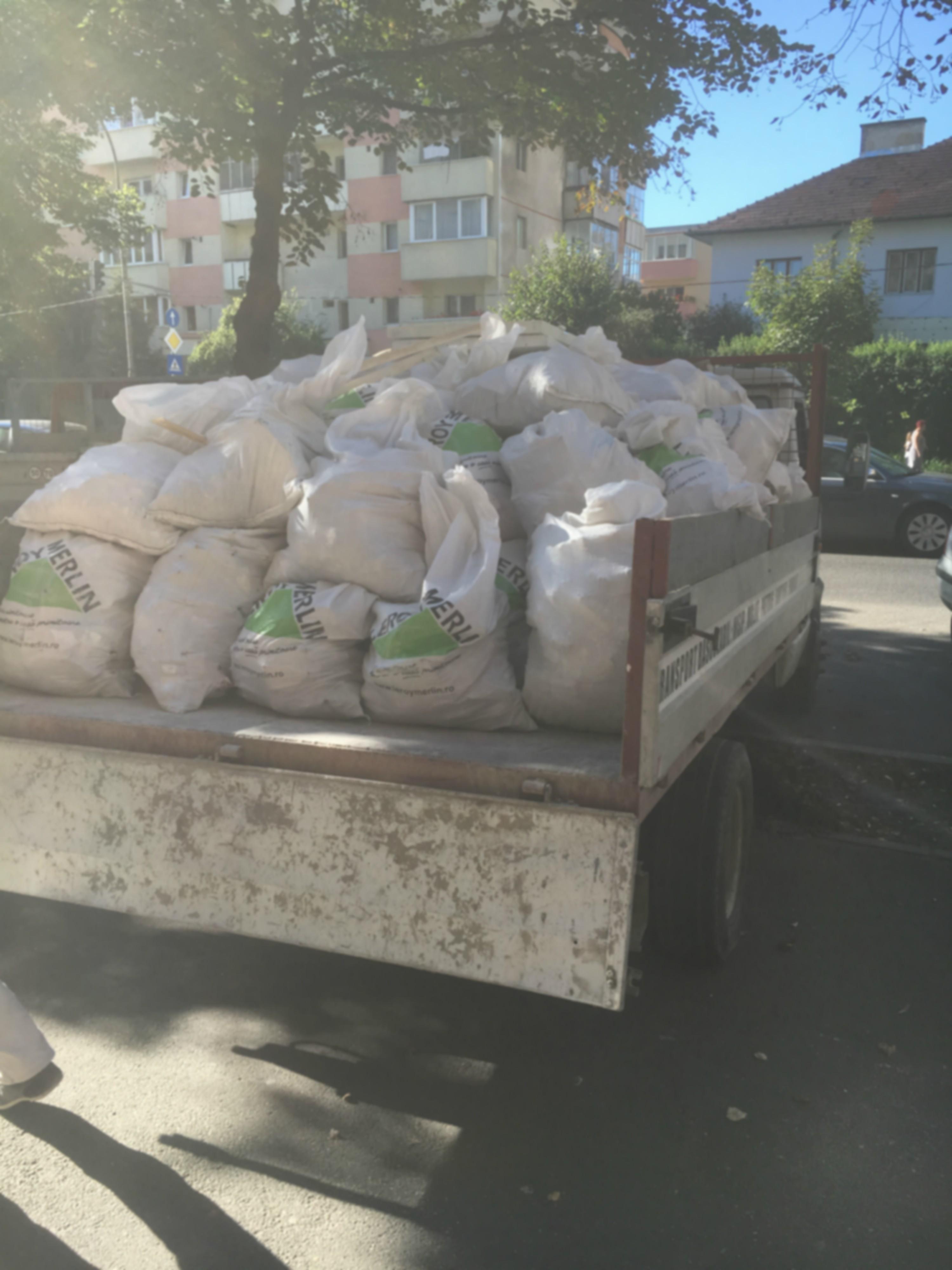 transport-moloz-deseuri-container